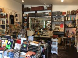 インディペンデント書店